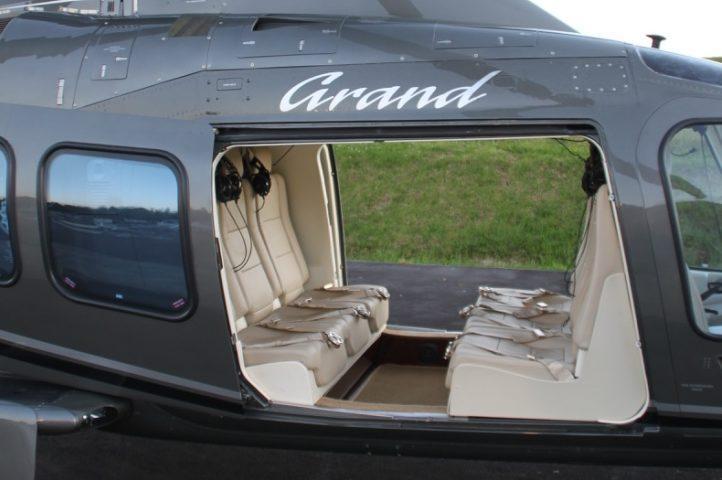 Agusta 109 Grand Interior